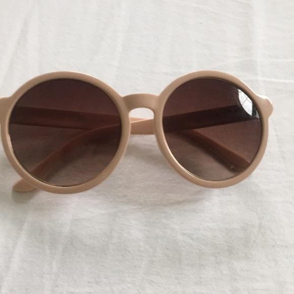 Nordstrom Accessories - Sunglasses